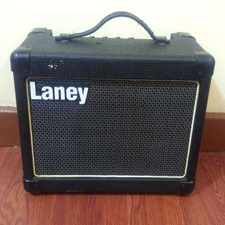 Amplifier with Guitar Cable