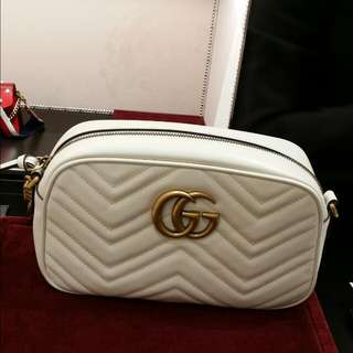 🈹全新Gucci Marmont Camera Bag Small