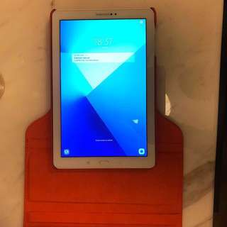 Samsung Galaxy Tab A 10.1 with S-Pen (SM-P580) includes box
