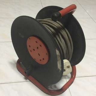 Extension. Power cable with reel