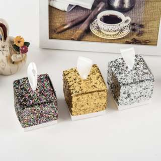 Wedding favour candy box/ Door Gifts