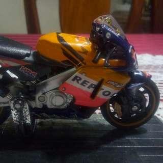 Saico diecast motorcycle 1:18