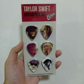 NEW! Taylor Swift Collectables
