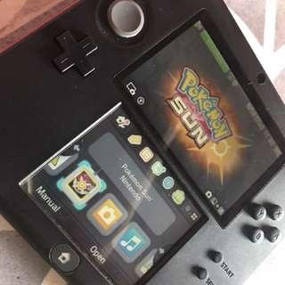 Nintendo 2DS Yokai Bundle with Pokemon Sun