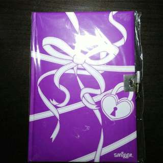 🍕 BN Smiggle notebook with lock🍕