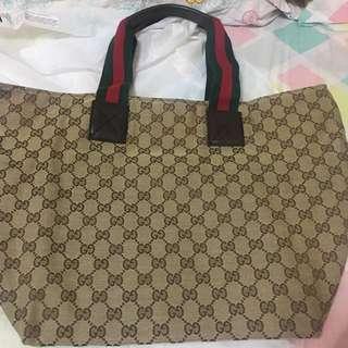 Gucci 側咩袋