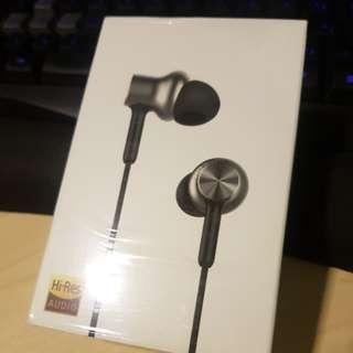 Xiaomi Pro HD earphones.
