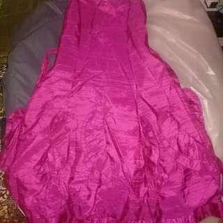 Nanno dresses