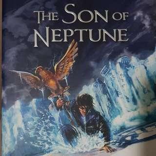 Percy Jackson The Son Of Neptune (Rick Riordan)