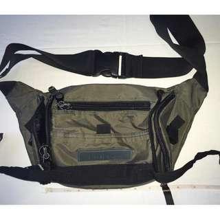 Authentic Fouvor Belt Bag