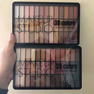 Makeup studio eyeshadow palette