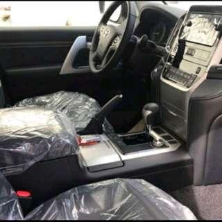 Toyota Land Cruiser SUV Luxury 2018