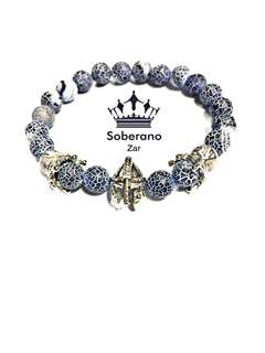 Gladiator bracelet with crowns