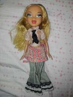 REPRICED! Bratz and barbie set