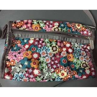 Lesportsac 花花斜孭袋 (斜跨包) (Size: S) Floral Cross Body Bag