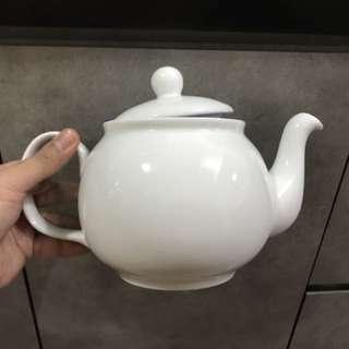 Tea Pot- brand new