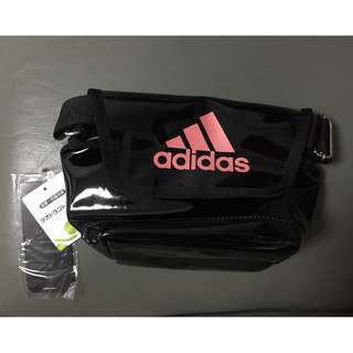 Adidas 黑色漆皮斜孭袋 (斜跨包) (Size: S) Black Patent Shoulder & Cross Body Bag E37791