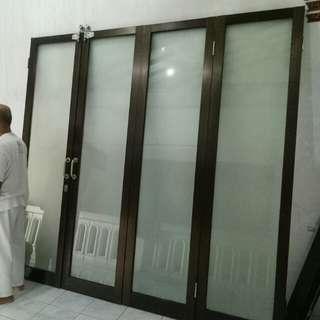 Pintu Lipat Alumunium