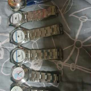 watches 10 each