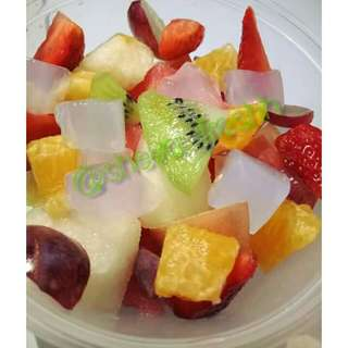SALAD BUAH DELICIOUSE