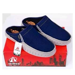 Sendal sepatu pria