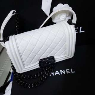 (New)Chanel Boy Mini bag