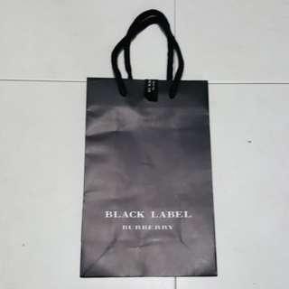 1502 Burberry Black Label Paper Bag