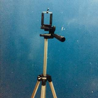 Portable tripod for RENT