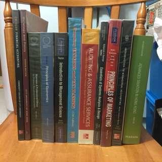 大學會計教科書 10蚊一本