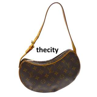 AUTHENTIC Louis Vuitton Monogram Pochette Croissant PM Shoulder Bag