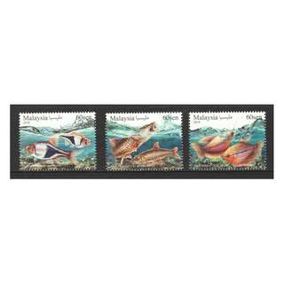 MALAYSIA 2018 ORNAMENTAL FISHES COMP. SET OF 3 STAMPS IN MINT MNH UNUSED CONDITION