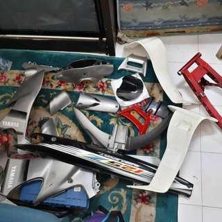 coverset 125z silver robot