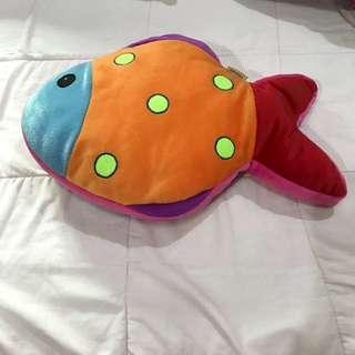 Fish velvet pillow