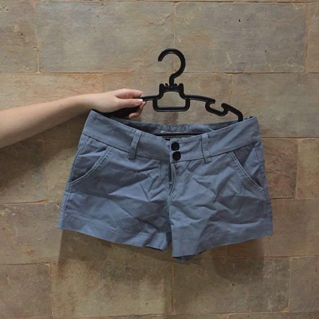 3 pants blue, brown and black