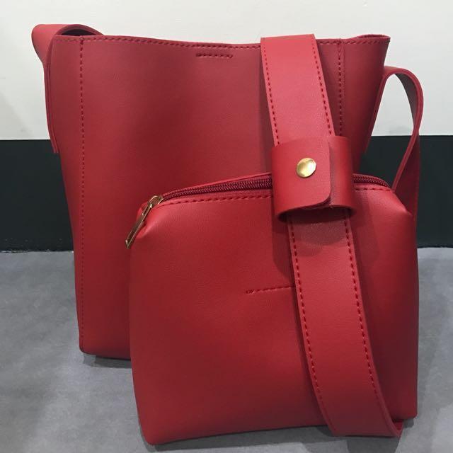 極簡約橘紅色皮革側背小包