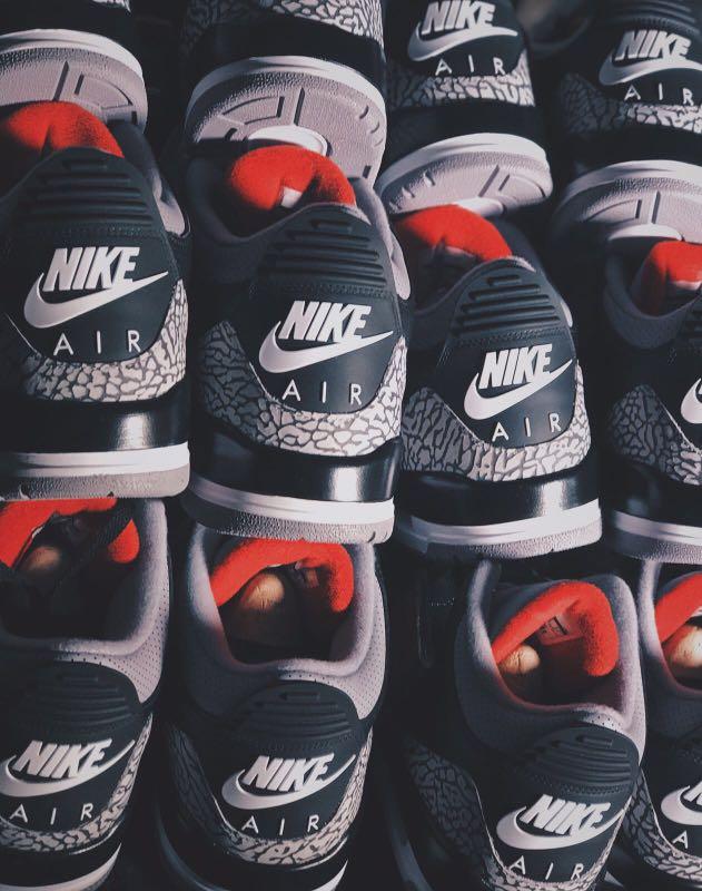 Air Jordan 3 Retro OG Men's (BLACK CEMENT)