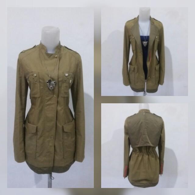 Army flower parka jacket