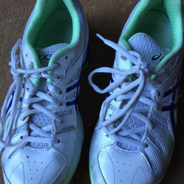 ASICS netball shoes