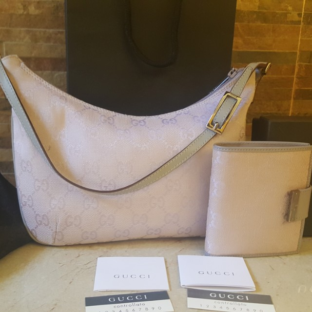 Authentic used Gucci set tote bag and wallet with card and dustbag