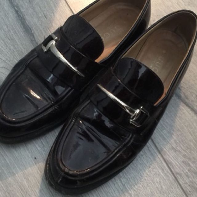 Authentic vintage Gucci loafers