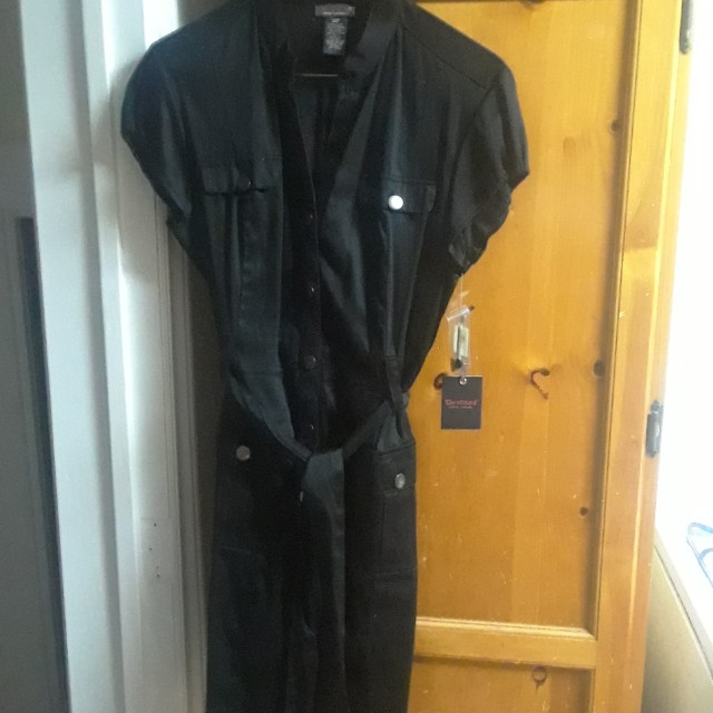 Black belted dress - Size small