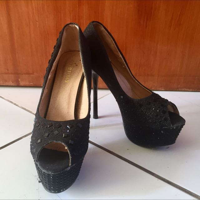 Black High Heels (size 8-8.5)