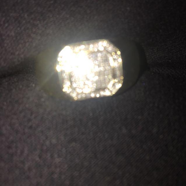 Brand new diamond ring