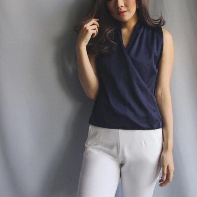 Celana Putih /Nava Top