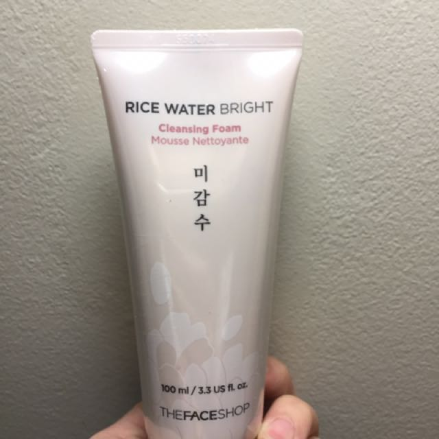 Face Shop Rice Water Bright Cleansing Foam