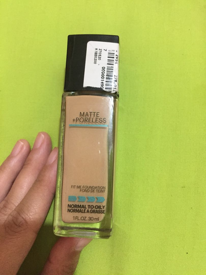 Fit me Foundation matte and poreless