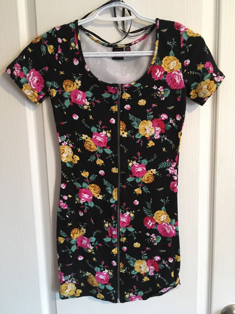 Front zipper floral dress