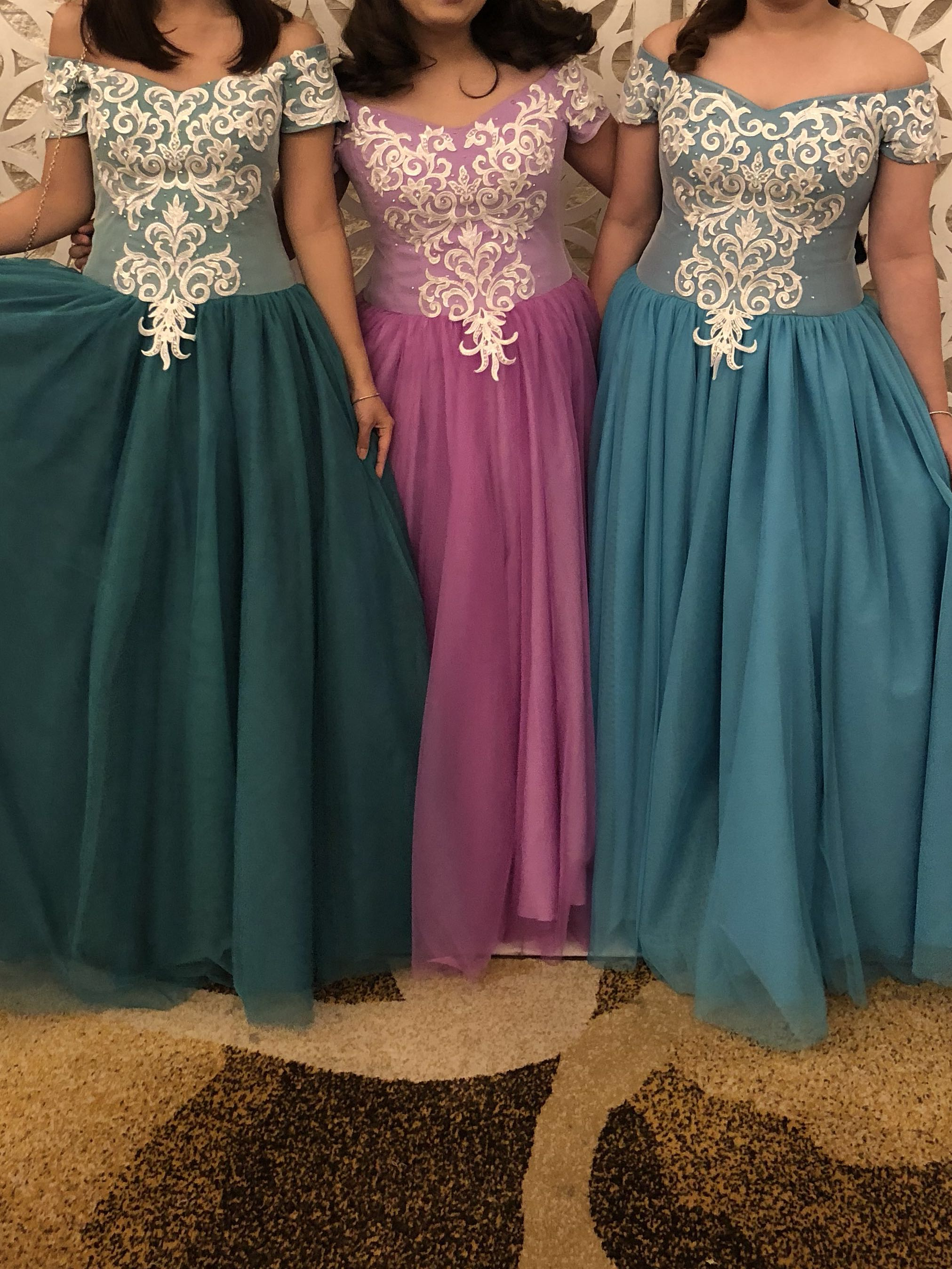 GOWNS FOR RENT
