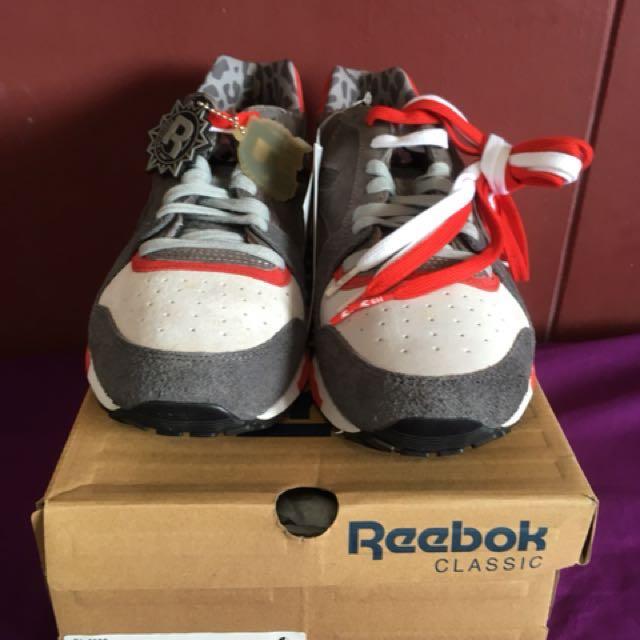 "628c1e4f21cc Hanon x Reebok GL6000 ""3 CASTLES"""