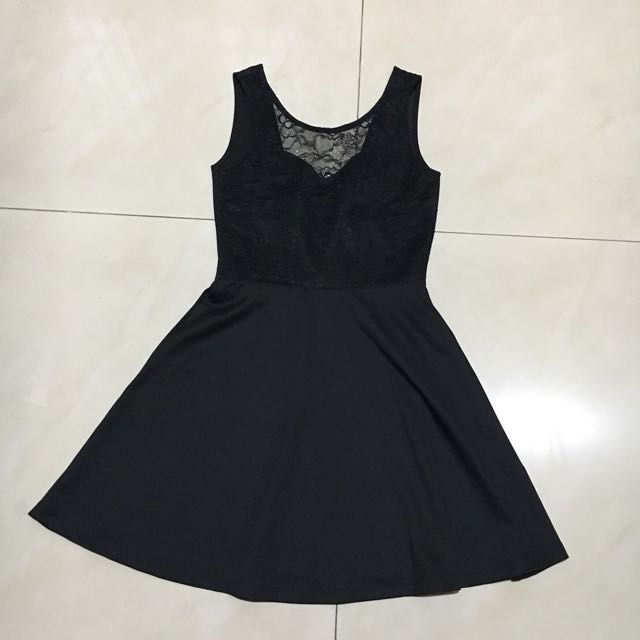 H&M Backless Lace Dress